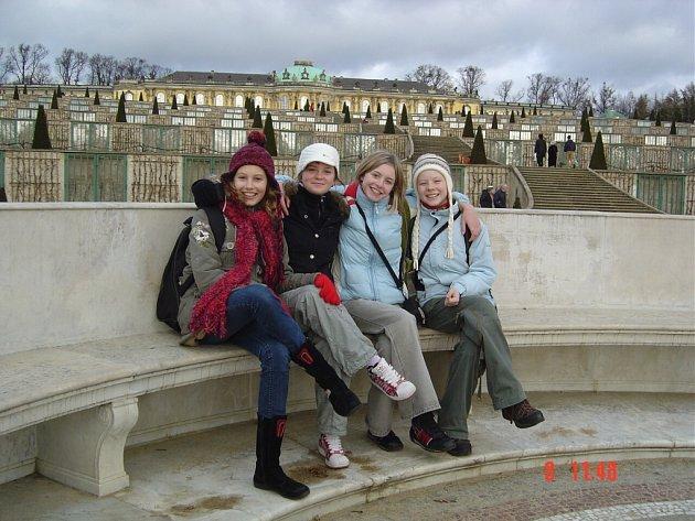Čtveřice dívek 3. základní školy v Německu