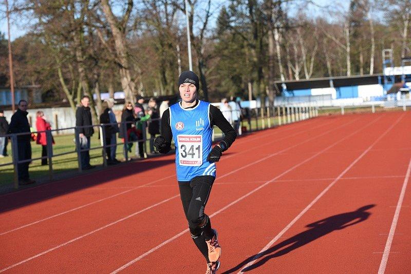 Silvestrovský běh se konal v Kolíně na stadionu v Borkách.