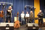Dvojkoncert kapely Neřež a Romana Dragouna