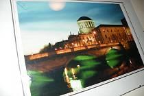 Výstava fotografií Irska nese název podle jeho patrona