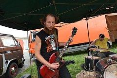 Garage Fest změnil lehce místo, zahrálo devět kapel
