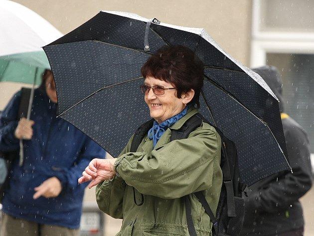Starokolínská patnáctka byla poznamenána deštěm.