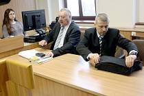 Bývalý místostarosta Roman Pekárek v budově kolínského soudu.