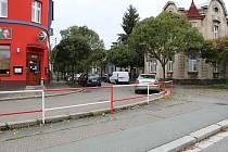 Ulice Královská cesta v Kolíně se v místech U Červených možná v budoucnu opět otevře do Jaselské ulice.