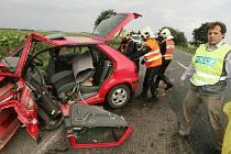 Tragická dopravní nehoda na silnici I/12 poblíž odbočky na Lipany