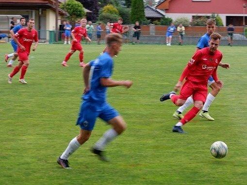 Z přípravného utkání Velim - Čáslav (1:5).