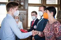 V Kolíně ocenil Český červený kříž své dobrovolníky.
