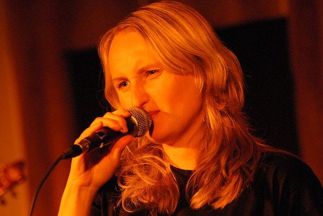 Petra Börnerová se vrátila s muzikou