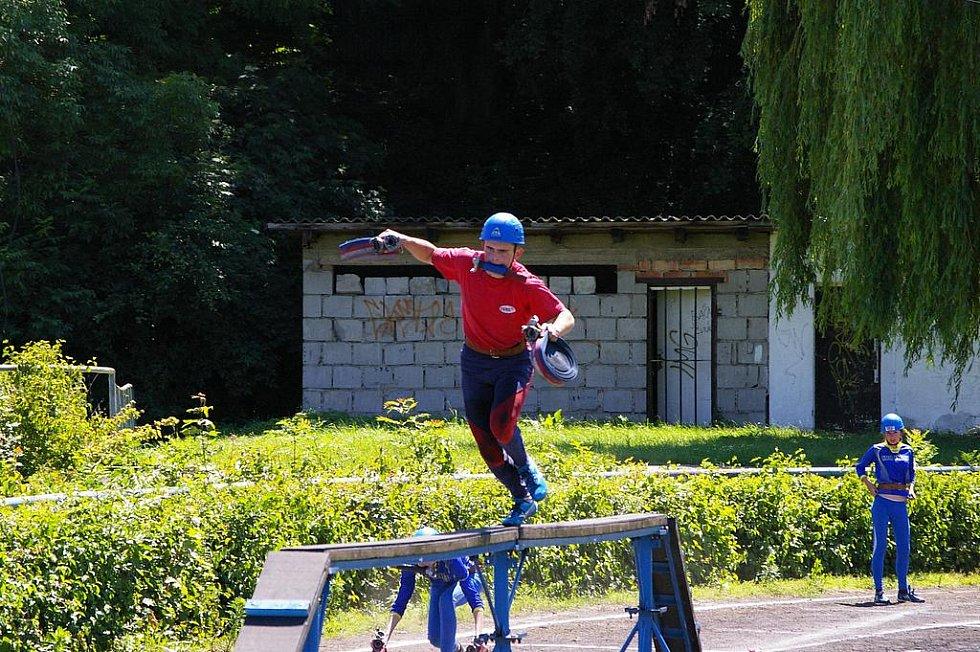 Radek Měřička při štafetě 4x100m