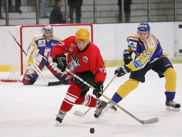 Petr Hruška patřil k nejlepším hráčům utkání Kolín - Písek (7:3).