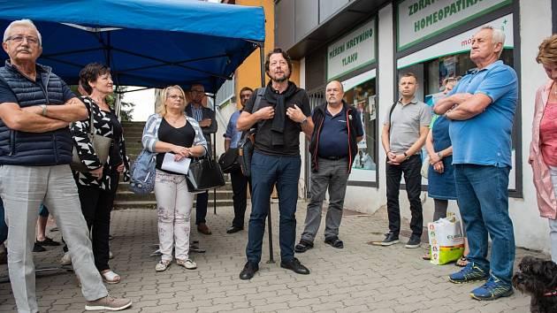 Ze setkání s občany Zálabí ohledně architektonické soutěže na úpravu Jiráskova náměstí v Kolíně.