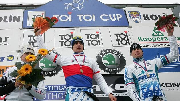 Z Mistrovství ČR v cyklokrosu, které se konalo v sobotu 10. ledna 2009 v kolínském lesoparku Borky.