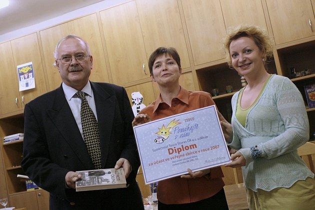 Sdružení Volno převzalo výtěžek sbírky.