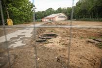 Výstavba sportovní haly v Borkách, květen 2020.