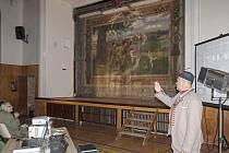 Zrestaurovaná opona v českobrodské sokolovně