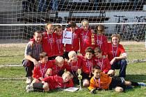 Přípravka FK Kolín slavila velký úspěch. Na turnaji skončila první.