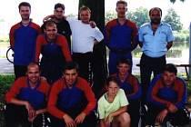 Bronzové družstvo z roku 2002 na krajské soutěži v Nymburce.