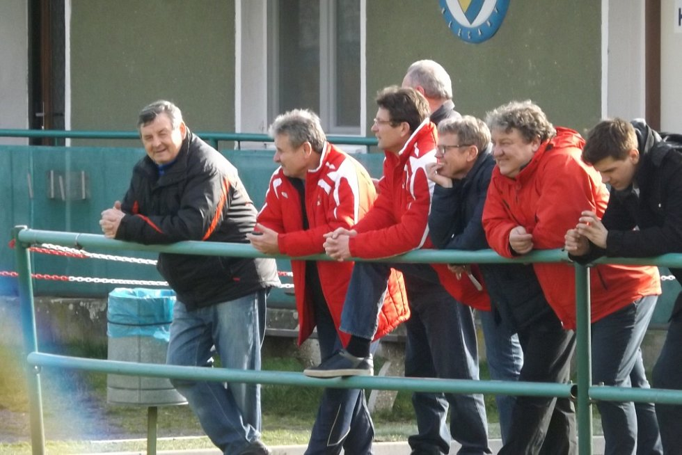Z utkání Klecany - Velim (4:0).