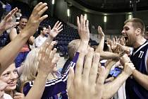 Obrovská radost basketbalistů i fanoušků Kolína