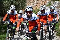 Závodníci Remerx - Merida - Team Kolín mají za sebou soustředění v různých koutech světa.