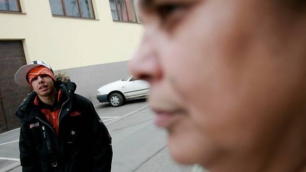 Romové ze Školské ulice v Kolíně.