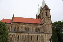 Kostel Nanebevzetí Panny Marie v obci Grunta