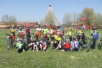 Malí cyklisté poprvé vyrazili na výlet.