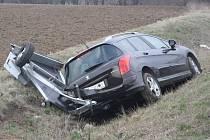 Páteční nehoda na tzv. Českobrodské silnici