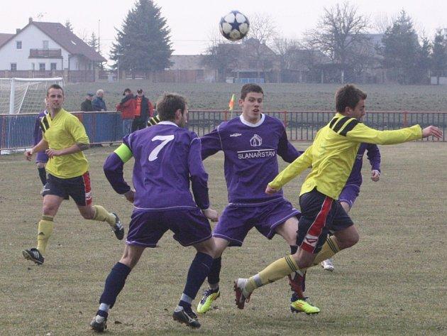 Z utkání Jestřabí Lhota - Libodřice (1:0).