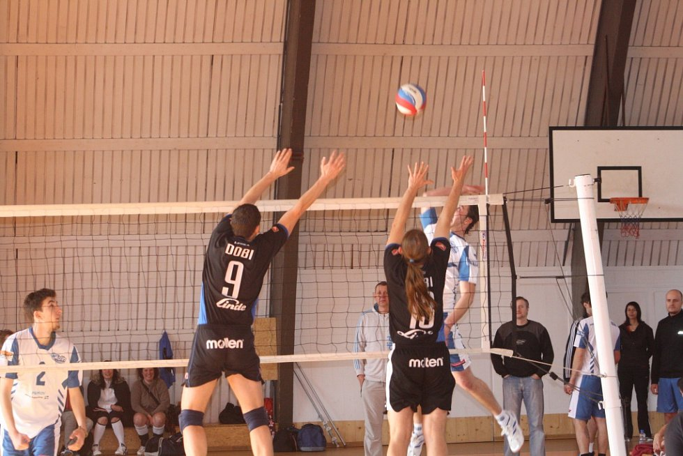 Z utkání VK Kolín - Dobřichovice (0:3).