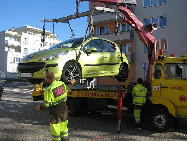 Odtahy vozidel při blokovém čištění ulic