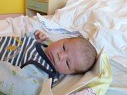 Jáchym Kropáček se narodil 11.12.2018 s mírami 3735 g a 51 cm. V Újezdu nad Lesy bude bydlet s bráškou Jakubem (3) a rodiči Jitkou a Janem.