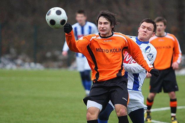Zimní turnaj 2011. 1.kolo: FC Čáslav - FK Kolín (1:1).