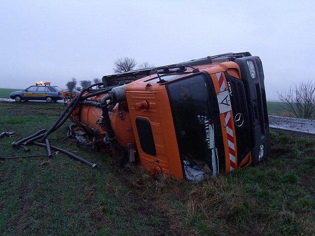 Autonehoda poblíž Chotutic, 11.12.2009