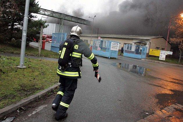 Požár - bývalé Koramo. Sendražice 20.12. 2008