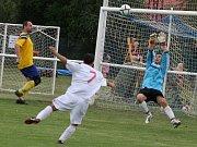 Z přípravného fotbalového utkání Tuchoraz - Louňovice (7:2).