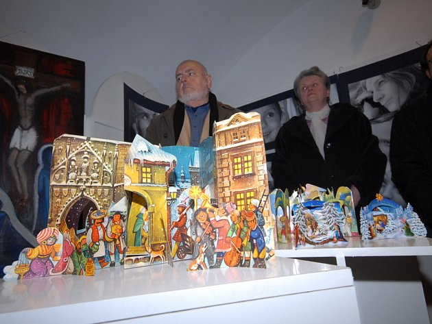 Z výstavy betlémů v kolínské galerii Via v ulici Karoliny Světlé.