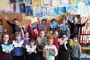 Žáci 5. základní školy v Kolíně se zúčastnili Etwinningového projektu Garden Full Of Butterflies, neboli Zahrada plná motýlů.