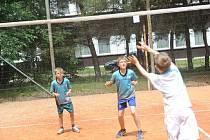 Sportovní hry pokračovaly aerobikem a volejbalem