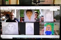 Ukázky výsledků společné práce všech můžete sledovat na kanále YouTube ZUŠ Fr. Kmocha Kolín.