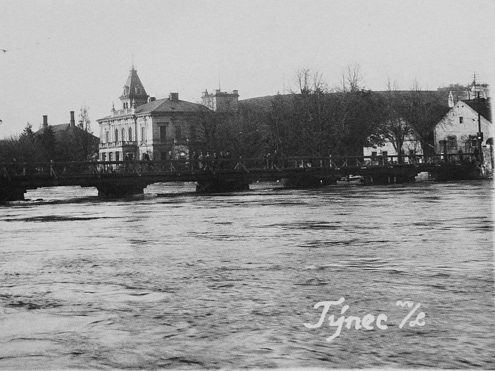 Povodeň v Týnci nad Labem v roce 1929.