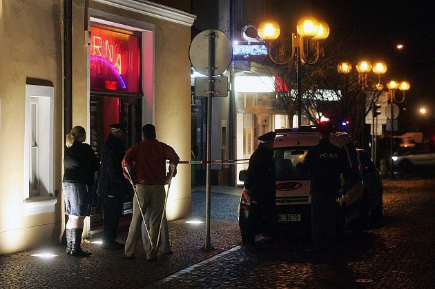 Zamaskovaný lupič přepadl hernu v Kolíně. 25.3. 2009