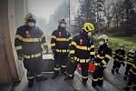 Taktické cvičení složek IZS v areálu bývalého plicního sanatoria v Kostelci nad Černými lesy.