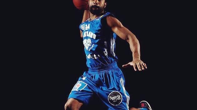 Preston Purifoy je novou posilou kolínských basketbalistů.