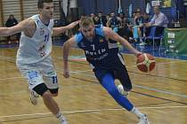 Čtvrté utkání čtvrtfinálové série vyhrál Kolín nad Děčínem 79:73.