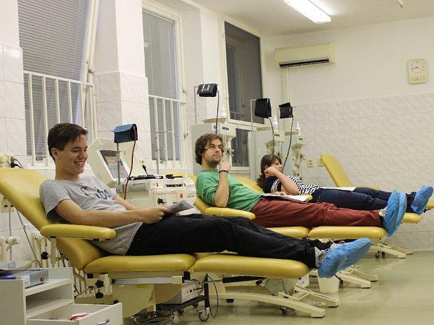 Florbalisté darovali krev