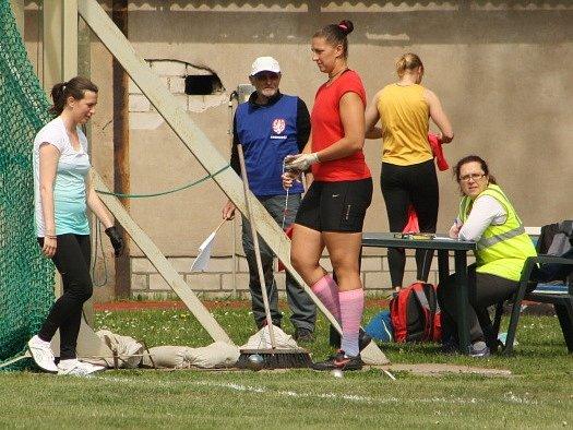 62. ročník atletických Polabských závodů se vydařil. Nejen počasím, ale i výkony.