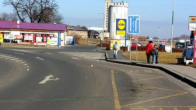 Místo dopravní nehody z 5. března v Českém Brodě.