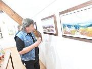 Galerie VZahradě rozkvetla květinami Jana Dvořáka