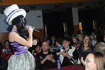 Hanky Panky bavili převážně dámské publikum